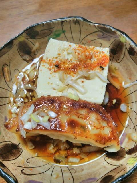 湯豆腐と焼き餃子.jpg