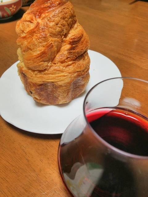 2ワインとパン.jpg